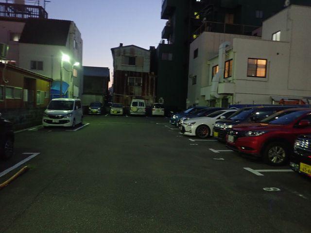 田辺駅前 駐車場