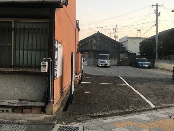 田辺市 れんが屋 駐車場